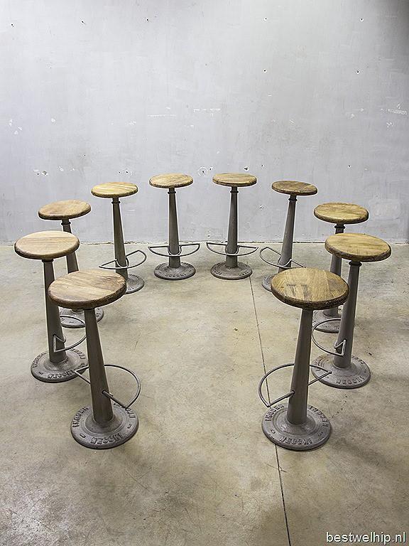 Vintage Barkrukken Atelierkruk Necchi Industrieel