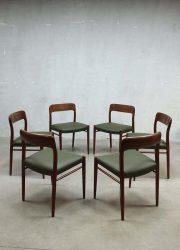 Moller Danish dining chairs, Moller eetkamerstoelen vintage Deens design