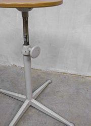 Friso Kramer vintage design barkruk kruk vintage barstool Ahrend de Cirkel
