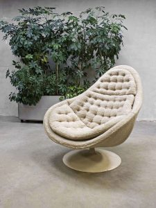 Midcentury modern swivel chair vintage draaifauteuil