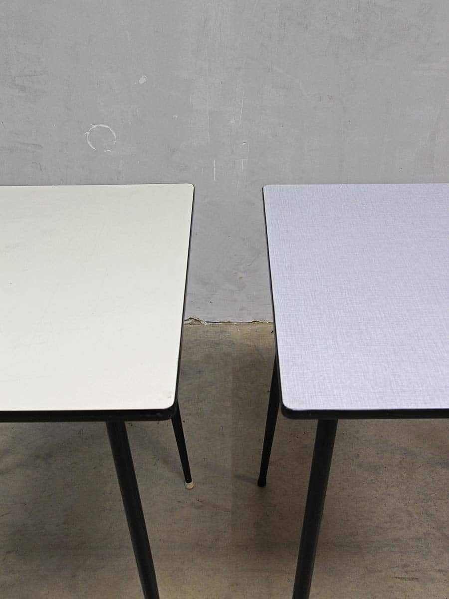 Retro Tafel Jaren 50.Vintage Design Table Fifties Minimalism Vintage Eetkamer