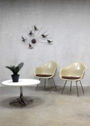 Original Eames Herman Miller coffee table salontafel bijzettafel vintage design