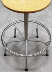 Vintage industriële kruk krukken 'de Wit', Industrial barstools Dutch design