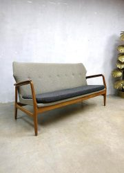 Mid century vintage design lounge sofa bank Bovenkamp sofa & wingback chairs