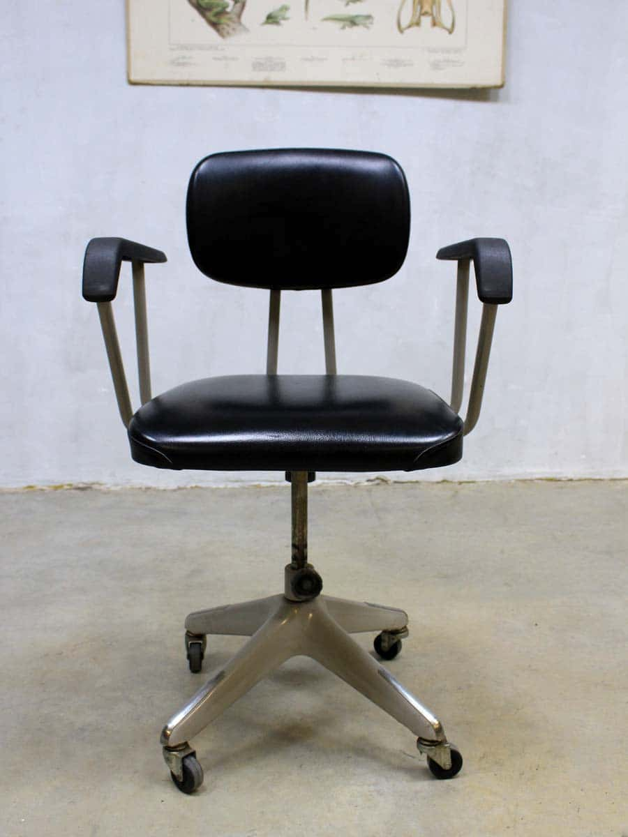 Industriele Bureau Stoel.Vintage Okamura Industrial Desk Chair Japan Vintage Okamura