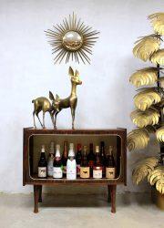 Vintage dranken cabinet liquor storage cabinet, vintage wandkast drankenkast