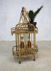 Vintage rotan bamboe dranken trolley, vintage bamboo & rattan bar cart rolling cart