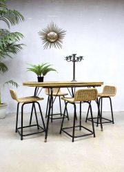 Midcentury vintage design eetkamertafel, vintage glass dining table Dirk van Sliedrecht stool