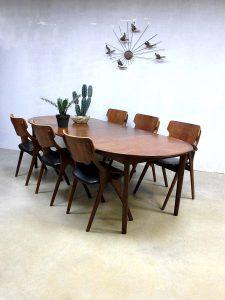 Mid century danish dinner table, vintage Deense uitklapbare tafel XXL