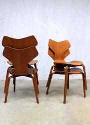 Midcentury modern Grand Prix chairs stoelen model 3130 Arne Jacobsen Fritz Hansen