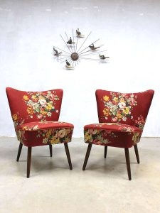 Vintage cocktail stoelen in bloemprint, vintage flowerprint cocktail chairs