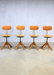 Midcentury vintage design architecten stoel kruk Polstergleich chair stool Industrial
