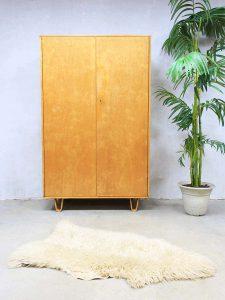 vintage kledingkast kast Pastoe Cees Braakman wardrobe