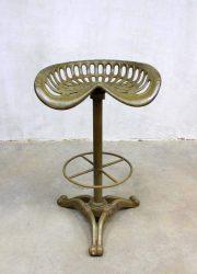 Industrial tractor stool American Baker Hamilton