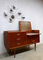 vintage Deense kaptafel ladekast dressoir teak