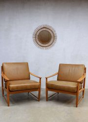 Mid century Danish design lounge chairs, vintage Deense lounge stoelen