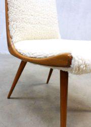 vintage design eetkamer stoel schapenvacht