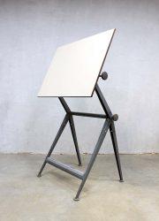 Friso Kramer Ahrend de Cirkel tekentafel drawing table Reply