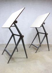 Reply Friso Kramer vintage tekentafels bureau industrieel Ahrend de Cirkel drawing table desk