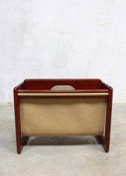 mid century skai leather leren krantenbak lectuurbak design Aksel Kjersgaard