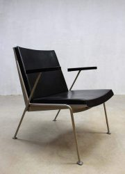 dutch design armchair Oase Wim Rietveld