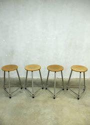 Ahrend de Cirkel bar kruk krukken industrieel, Industrial vintage stool