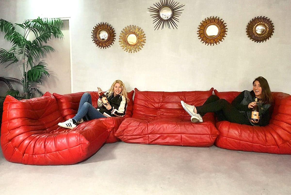vintage leren bank togo ligne roset midcentury design sofa togo ligne roset. Black Bedroom Furniture Sets. Home Design Ideas
