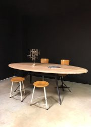 ovale houten tafel vergadertafel eetkamertafel