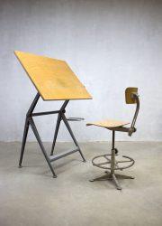 vintage Reply Friso Kramer tekentafel bureau industrieel Ahrend de Cirkel drawing table desk stool