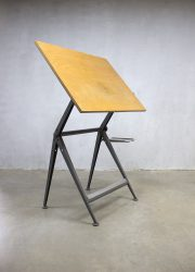 Vintage Dutch design Reply Friso Kramer Wim Rietveld tekentafel tafelbureau