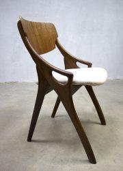 vintage design eetkamerstoel Arne Hovmand Olsen Mogens chair