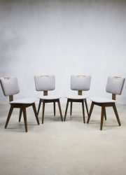 vintage plywood eetkamer stoelen Cor Alons stijl