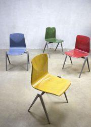 vintage schoolstoelen eetkamerstoelen Galvanitas S22 stacking chairs
