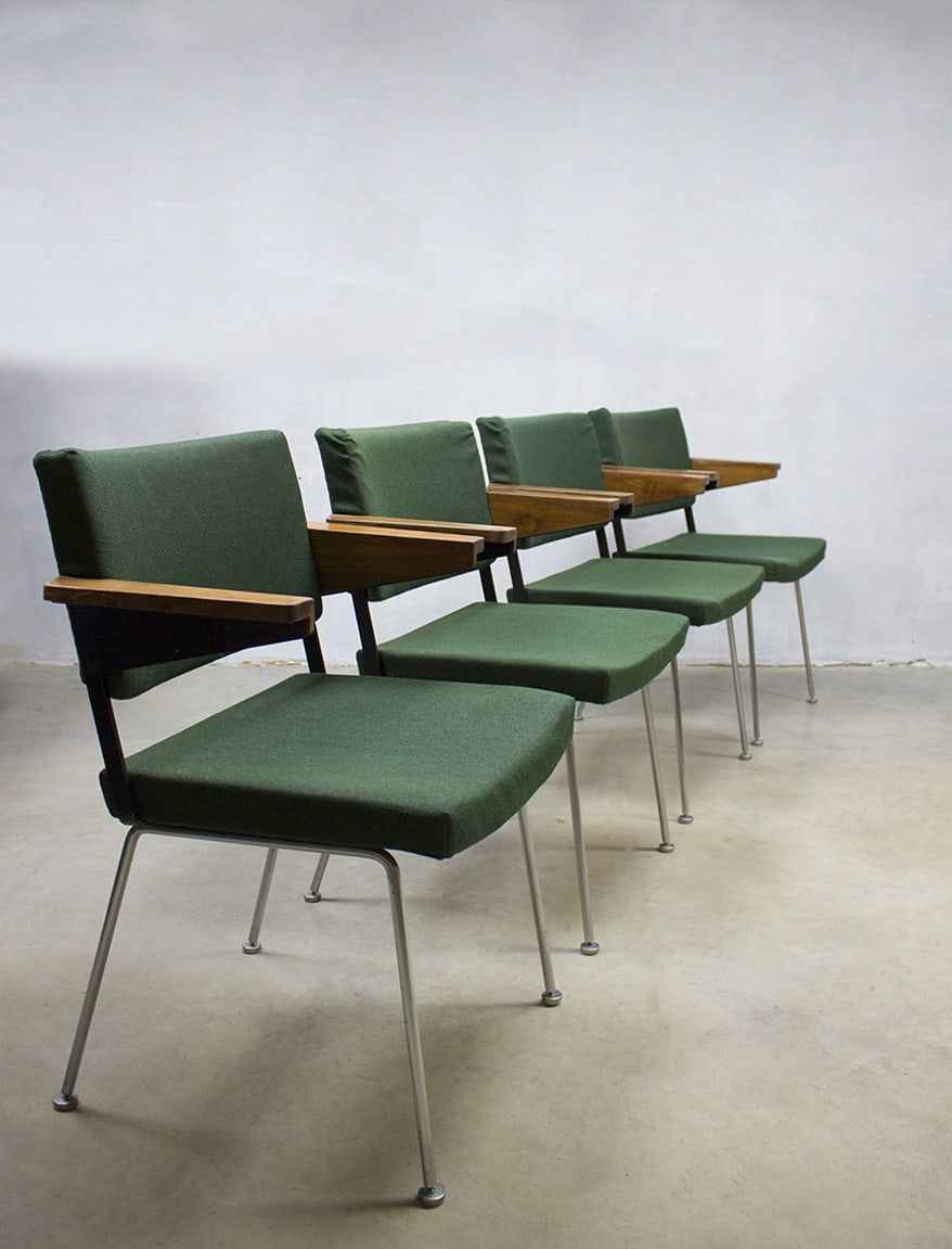 Vintage Gispen eetkamer stoelen André Cordemeyer office dinner chairs