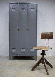 Vintage industriële lockerkast Industrial locker cabinet