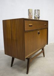 Webe Louis van Teeffelen vintage kast wandmeubel teakhout