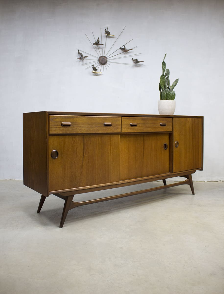 Vintage dressoir sideboard low board Webe Louis van Teeffelen design cabinet