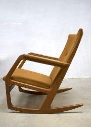 Deense vintage design schommelstoel rocking chair Georg Jense