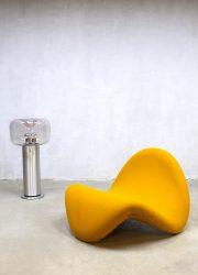 Vintage lounge chair Tongue Pierre Paulin Artifort