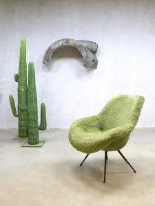 Fifties midcentury lounge chair armchair kuipstoel Eclectic style