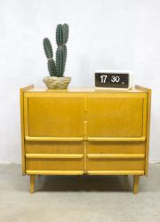 Vintage cabinet wandkast Franse schoolkast