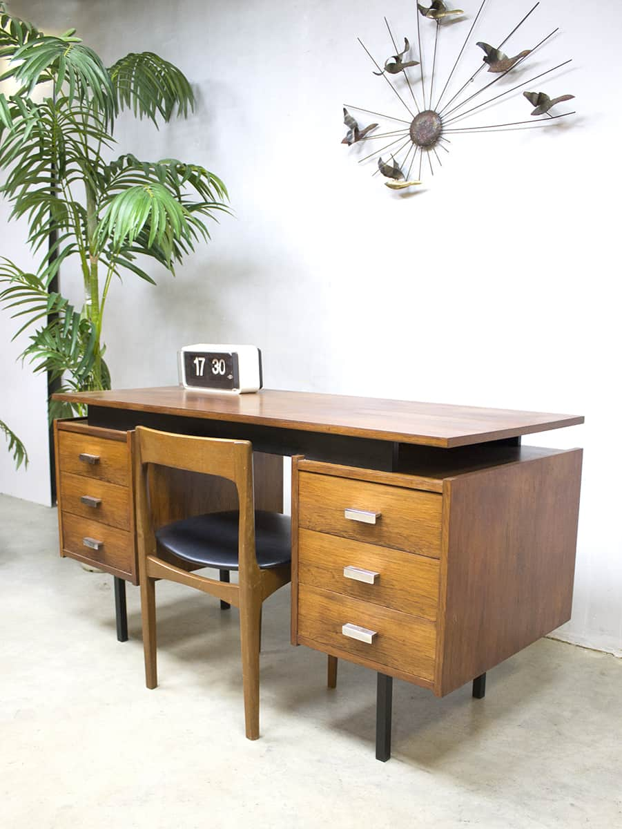 vintage design pastoe bureau writing desk cees braakman. Black Bedroom Furniture Sets. Home Design Ideas