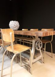 retro vintage table Industrial dinner tablem, vintage eetkamertafel bar tafel loft