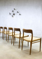 Vintage Deense eetkamer stoelen dinner chairs Niels O. Møller