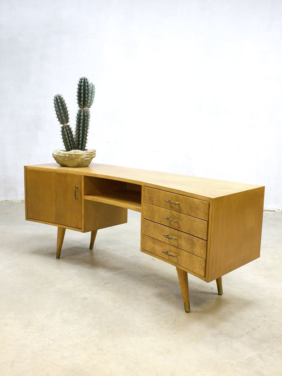 50 Jaren Kast.Vintage Wall Cabinet Jaren 50 Dressoir Tv Kast Ovaal Boomerang