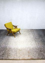 Vintage carpet 70s vloerkleed handgeknoopt tapijt