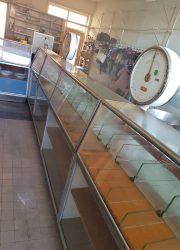 toonbank vintage retro horeca café vitrinekast