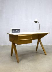 midcentury EB02 desk modern dutch design bureau Pastoe