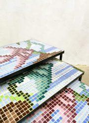 mozaiek vintage bijzettafeltjes nesting tables mimiset graphic print