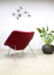 Pierre Paulin oyster chair lounge fauteuil F157 Dutch design